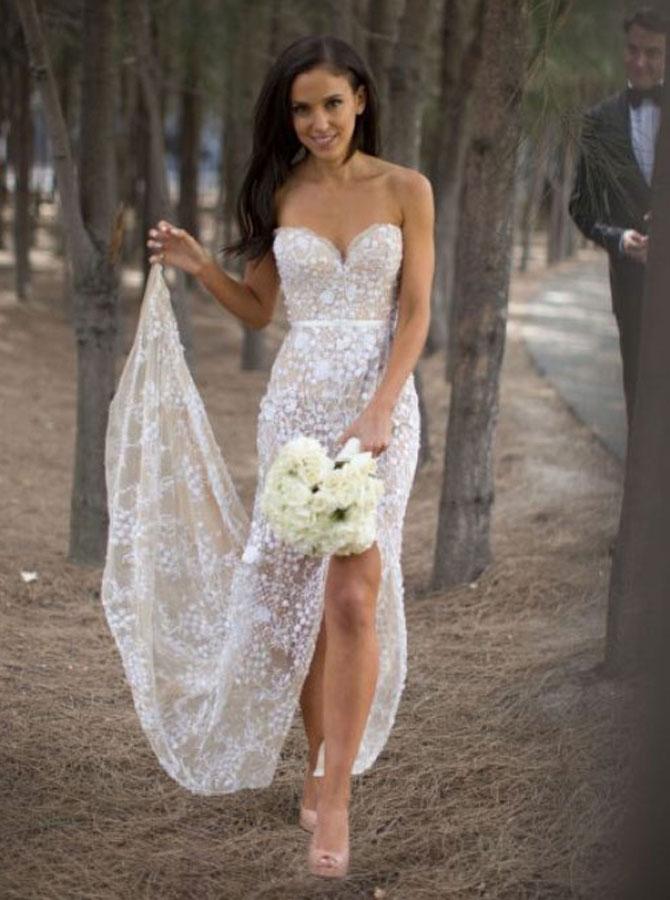 Sexy Sweetheart Asymmetry Lace Wedding Dress with Sash High Legslit фото