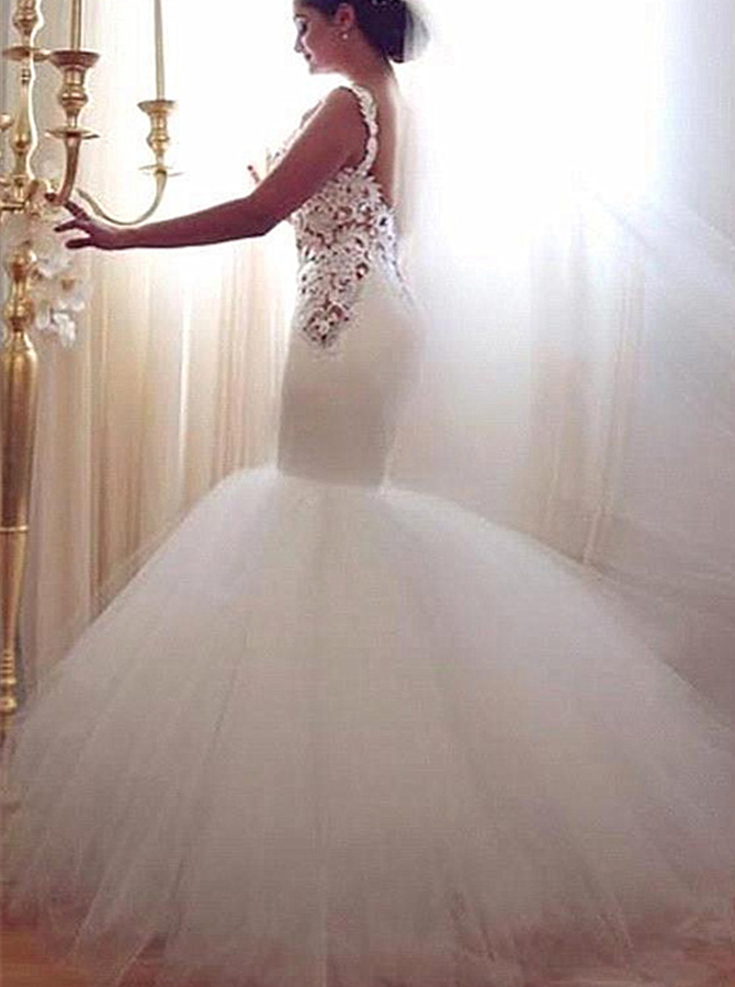 Stunning Scoop Sleeveless Floor-Length Mermaid Wedding Dress with Lace Top Backless, White