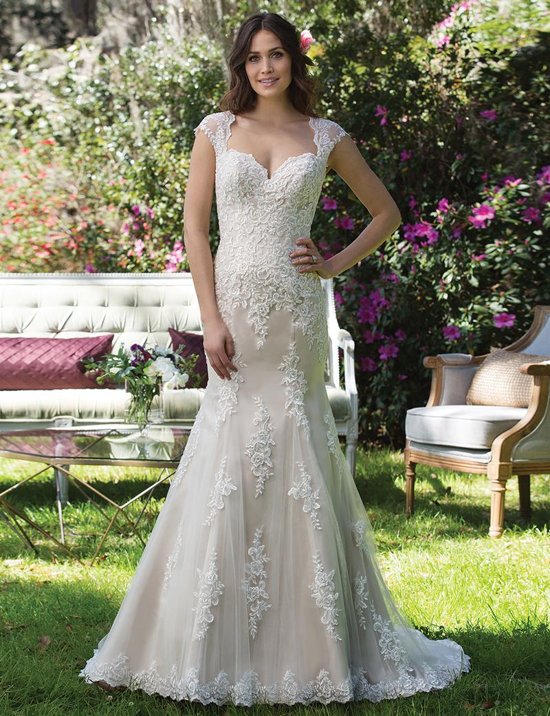 Elegant Mermaid Sweetheart Cap Sleeves Sweep Train wedding Dress with Lace, Ivory