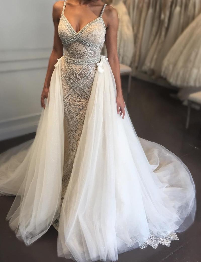 High Quality V-neck Sleeveless Detachable Train Wedding Dress with Beading фото