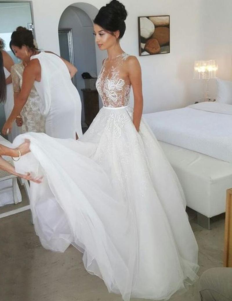 Honorable Round Neck Sleeveless Illusion Back Sweep Train Wedding Dress with Lace, White