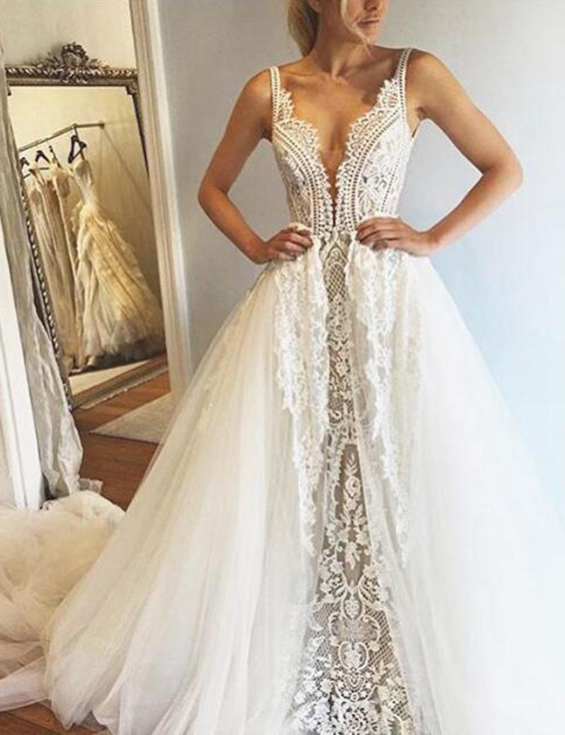 Glamorous Deep V-Neck Sleeveless Court Train Wedding Dress with Lace фото