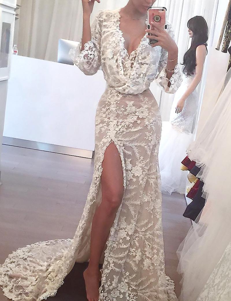 Sheath 3/4 Sleeves V-neck Split Sweep Train Lace Beading Appliques Wedding Dress фото