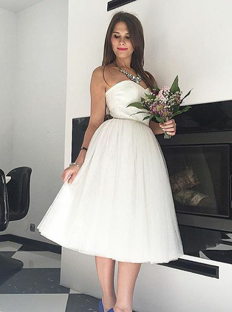 A-Line Sweetheart Mid-Calf Tulle Beach Wedding Dress with Beading фото