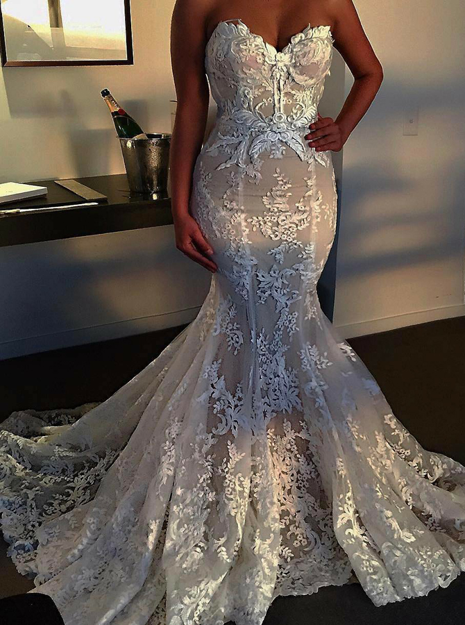 Mermaid Sweetheart Sweep Train Tulle Wedding Dress with Appliques фото