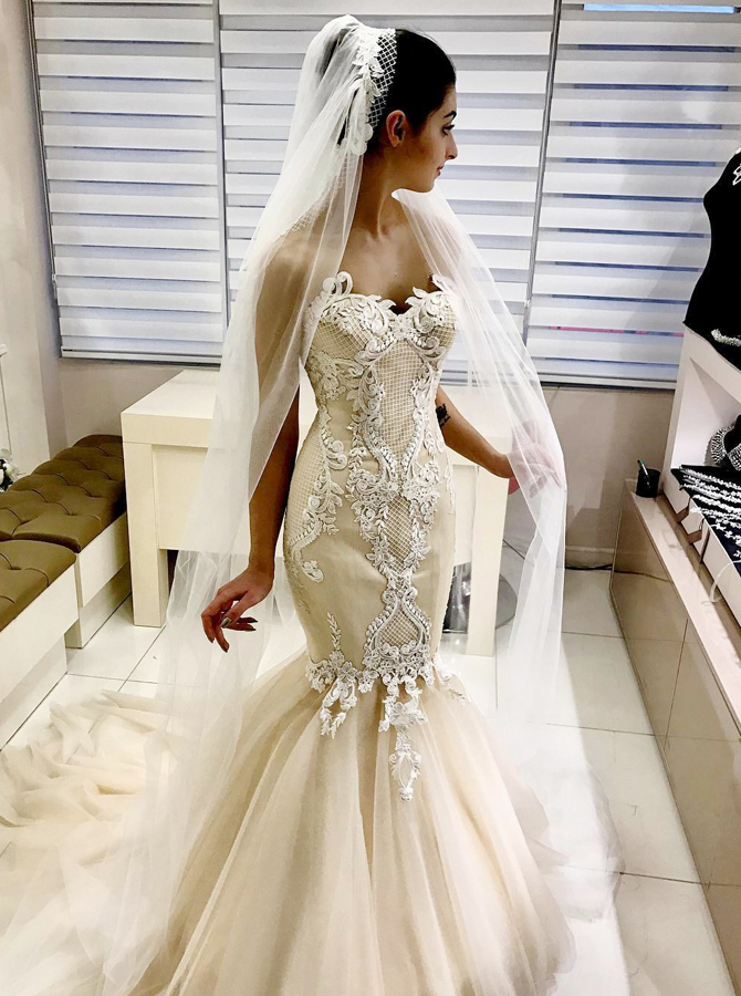Mermaid Sweetheart Light Champagne Tulle Wedding Dress with Appliques фото