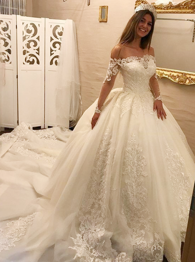 Ball Gown Off-the-Shoulder Long Sleeves Tulle Lace Appliques Wedding Dress, White