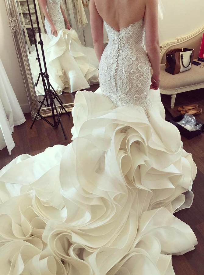 Mermaid Sweetheart Court Train Tiered Organza Wedding Dress with Lace фото