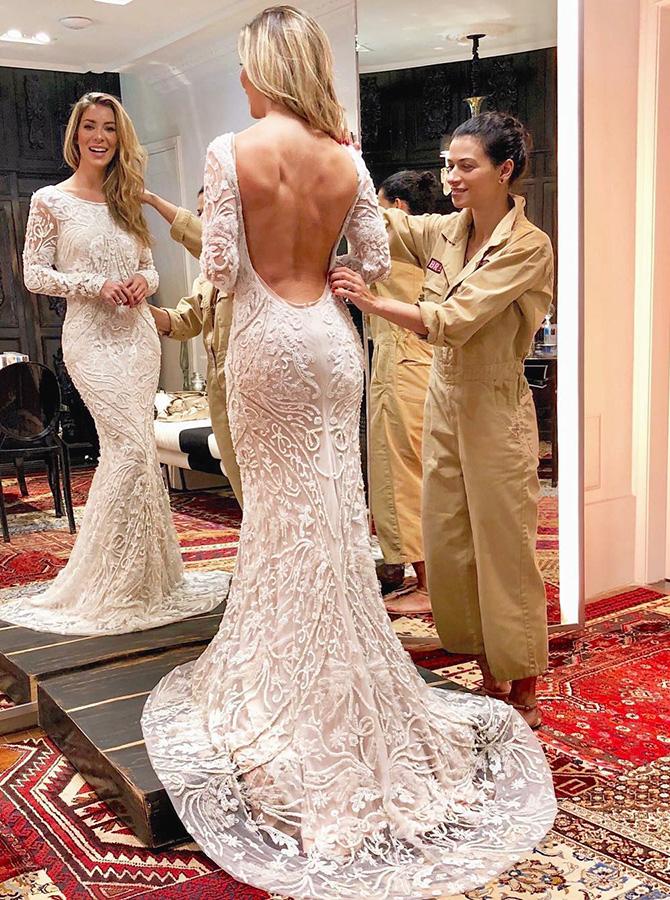 Sheath Round Neck Backless Sweep Train Lace Wedding Dress, White