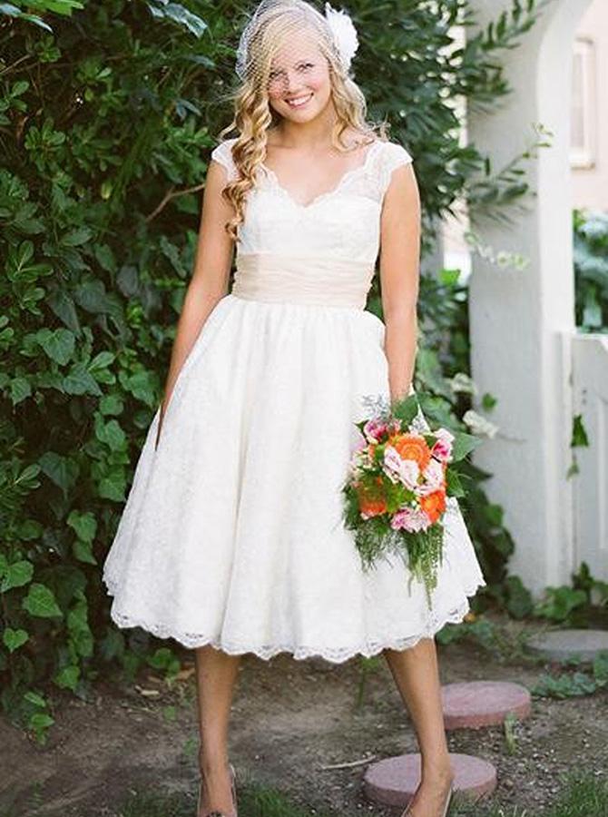 A-Line V-Neck Knee Length Lace Wedding Dress, White