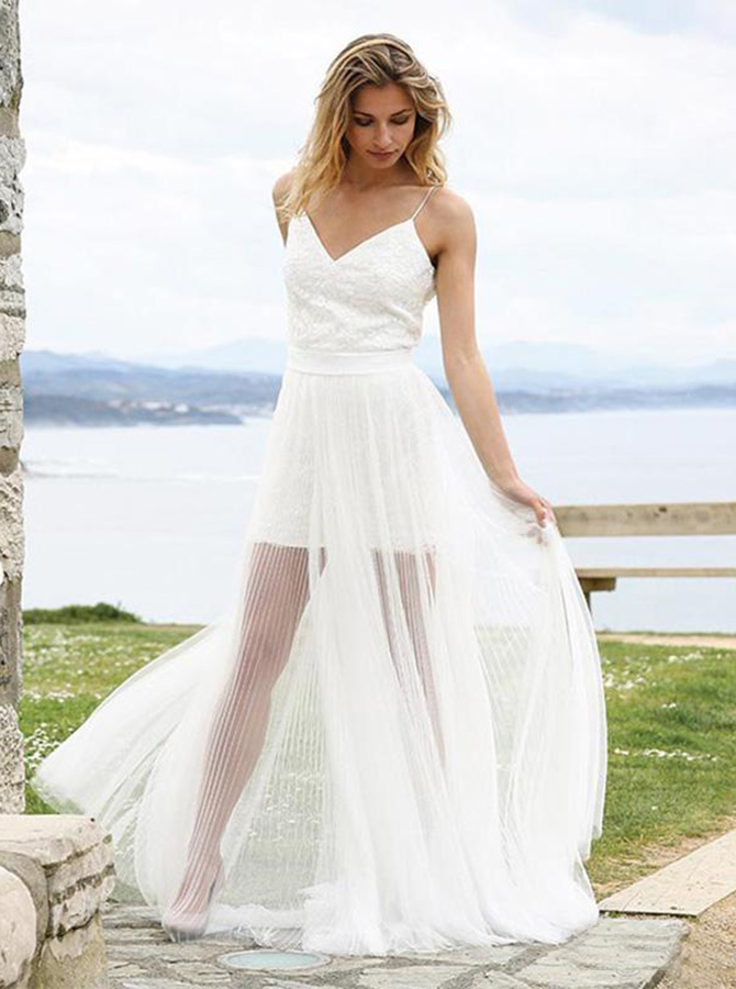 A-Line Spaghetti Straps Tulle Beach Wedding Dress with Lace, White