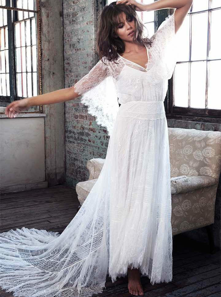A-Line V-Neck Court Train Lace Boho Beach Wedding Dress фото