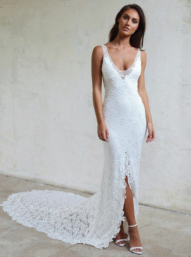 Sheath V-Neck Court Train Backless Lace Wedding Dress with Split фото