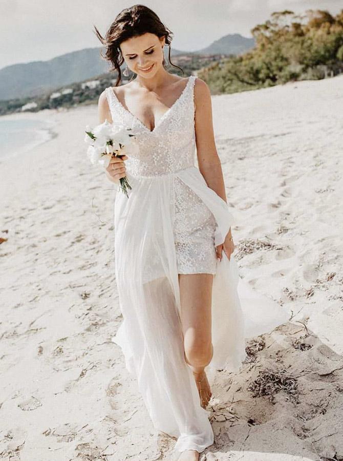 A-Line V-Neck Detachable Train Sequined Long Beach Wedding Dress фото