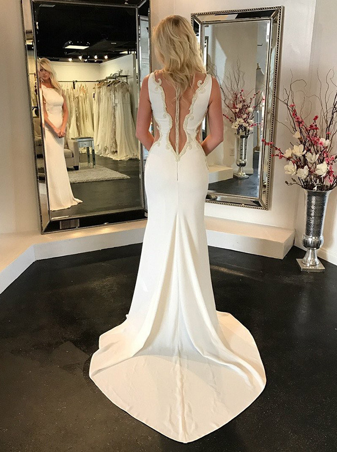 Mermaid Square Neck Sweep Train Wedding Dress with Appliques фото