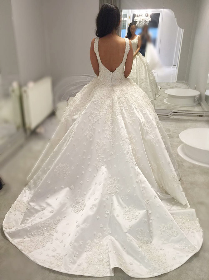 Ball Gown Square Neck Backless Court Train Wedding Dress with Appliques фото