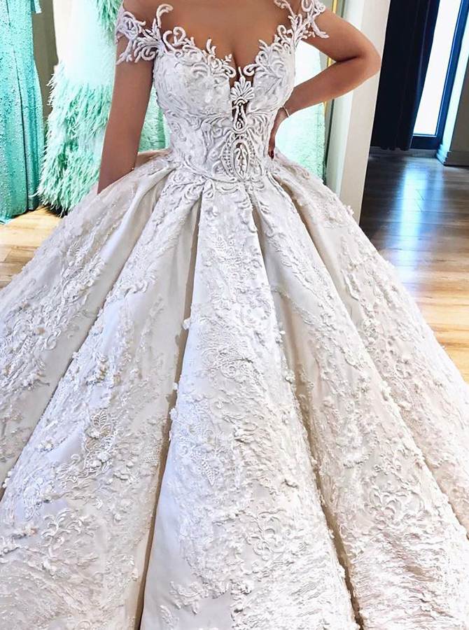 Ball Gown Off-the-Shoulder Wedding Dress with Pockets Appliques фото