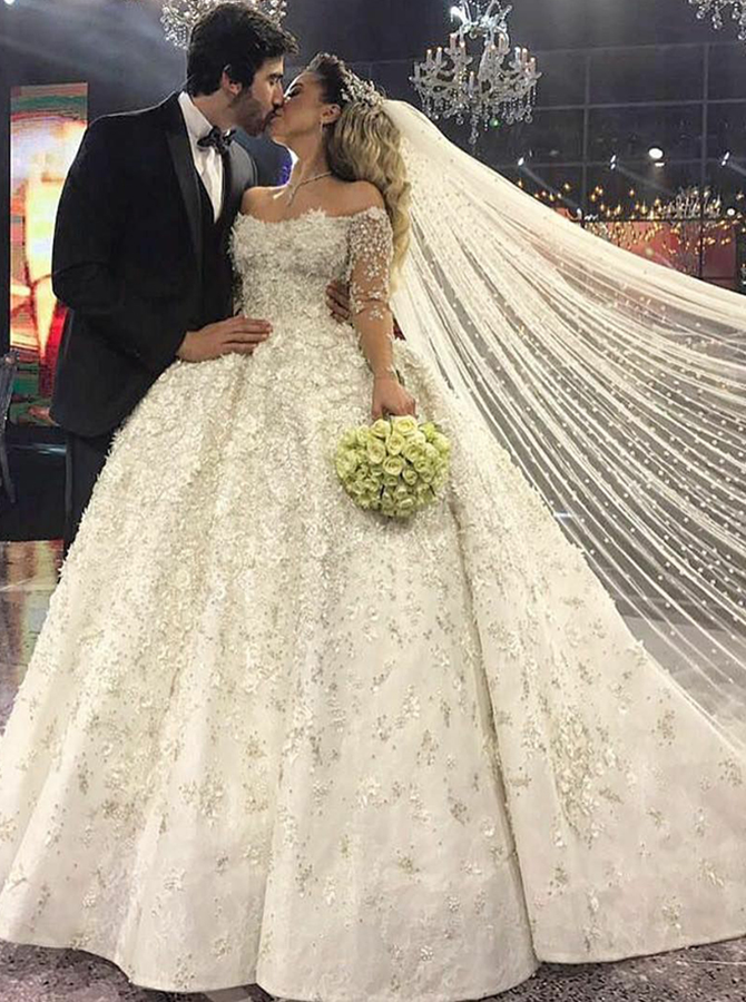 Ball Gown Off-the-Shoulder Long Sleeves Wedding Dress with Beading, White