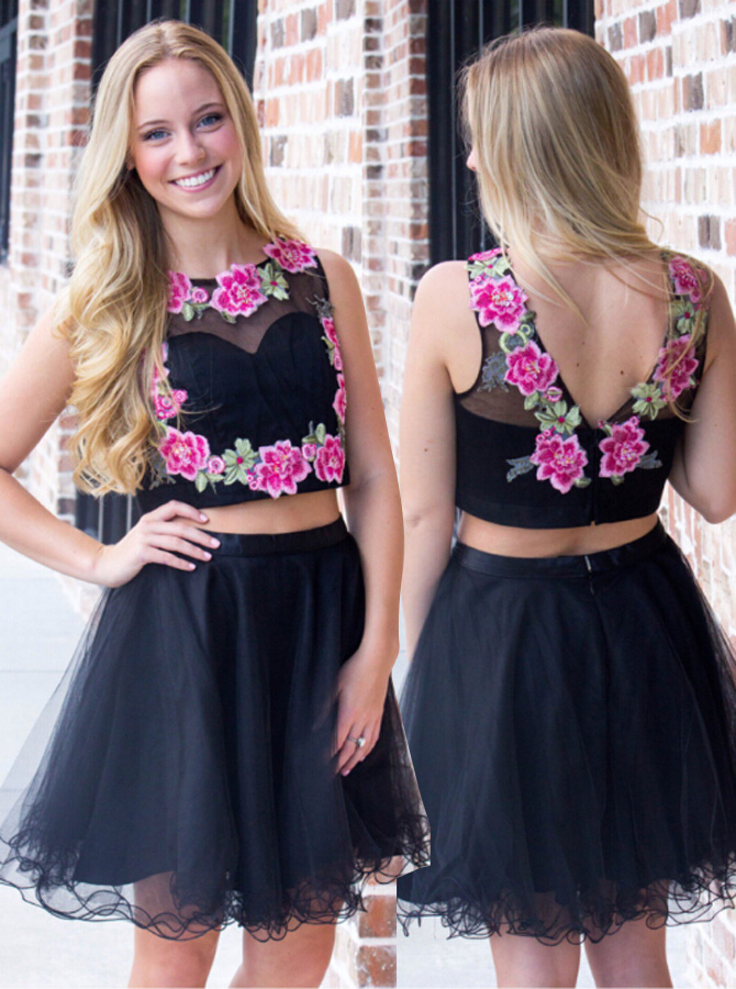Crispy 2 Piece Jewel Sleeveless Short Black Prom Dress with Appliques фото