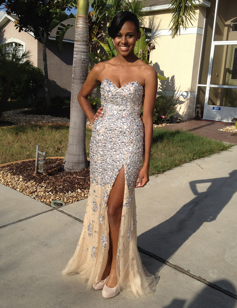 Elegant Mermaid Sweetheat Sleeveless Split Front Long Prom Dress with Beading Sequins фото