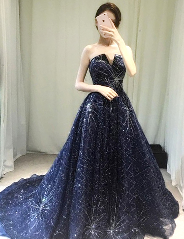Glitters A-Line Strapless Sweep Train Navy Blue Organza Prom Dress фото
