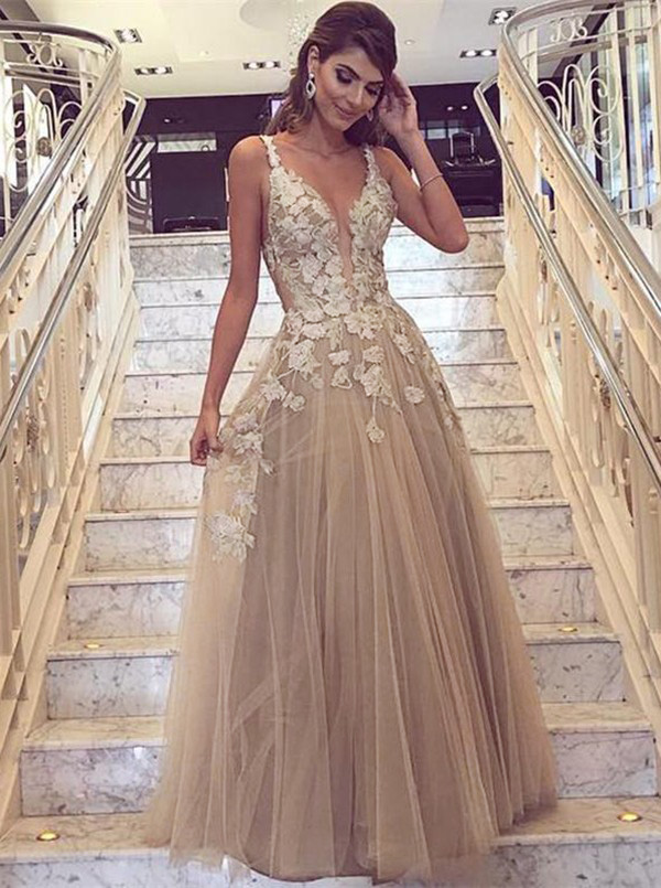 A-Line Deep V-Neck Champagne Tulle Prom Dress with Appliques фото