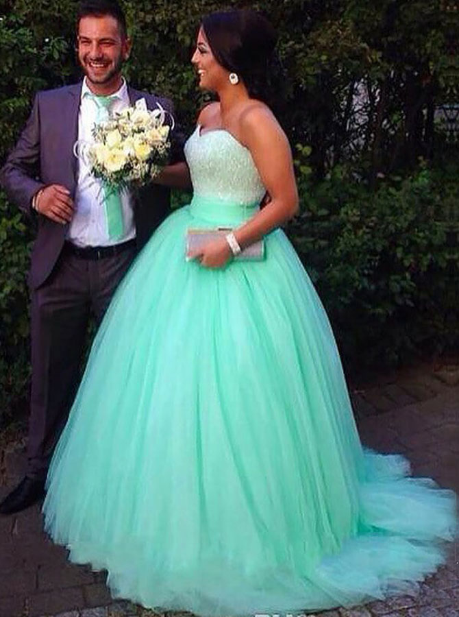 Ball Gown Sweetheart Mint Tulle Prom Dress with Beading фото