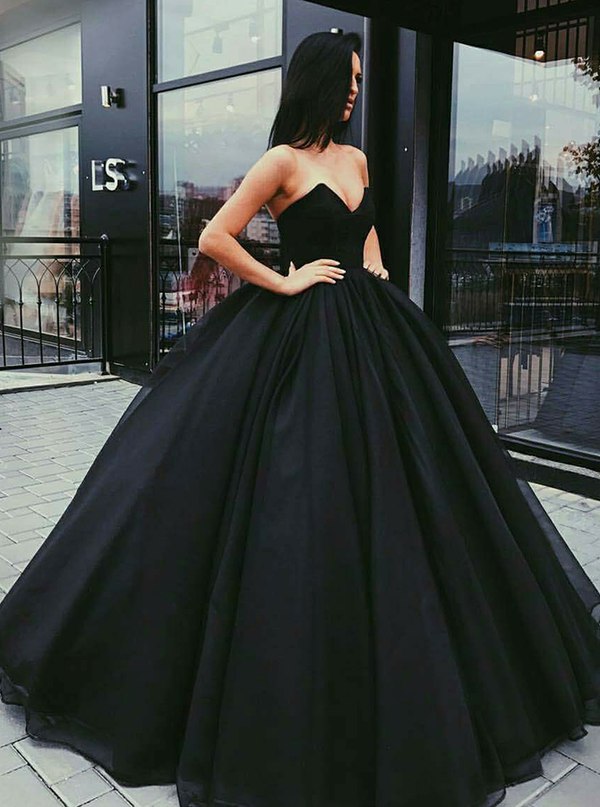 Ball Gown Sweetheart Floor-Length Black Tulle Quinceanera Dress фото