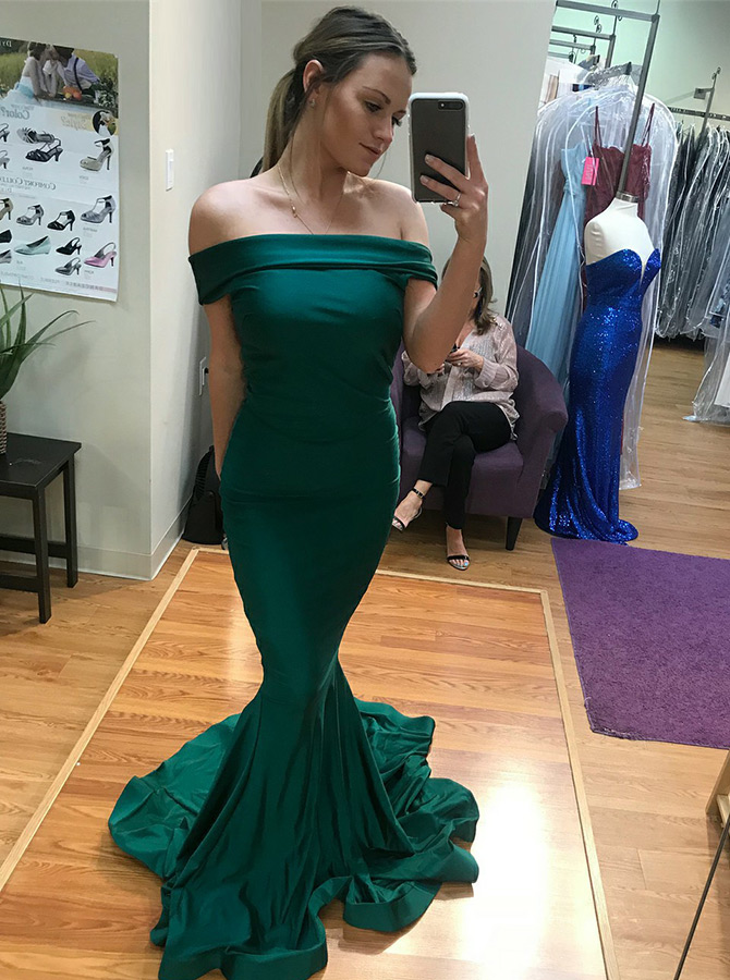Mermaid Off-the-Shoulder Sweep Train Green Satin Prom Dress фото