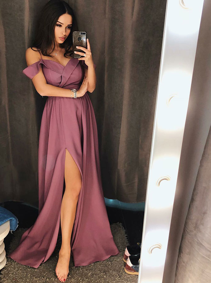 A-Line Cold Shoulder Sweep Train Purple Satin Homecoming Dress with Split фото
