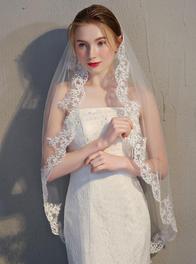 One-tier Fingertip 1.5m Applique Edge Waltz Bridal Veils