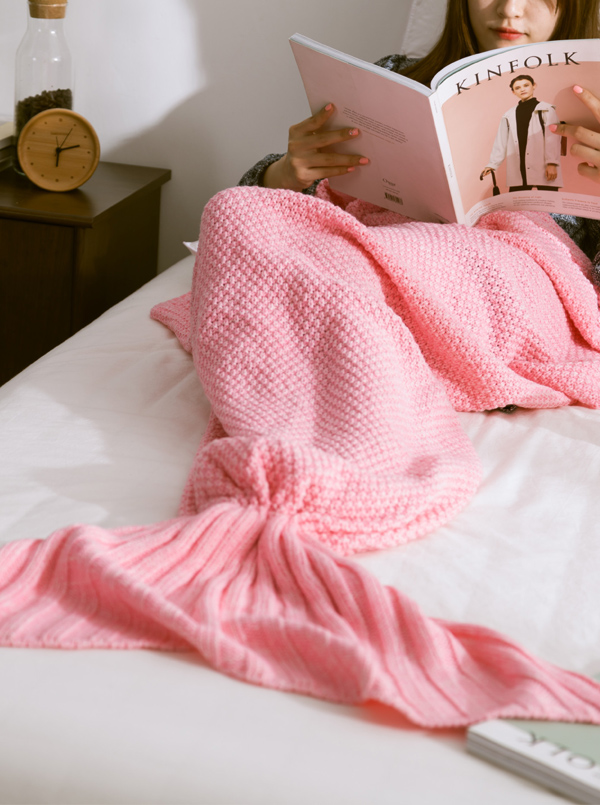 Fashion Crocheted Mermaid Tail Blanket Sofa Blanket Air Conditioning Blanket (4 Colours) thumbnail