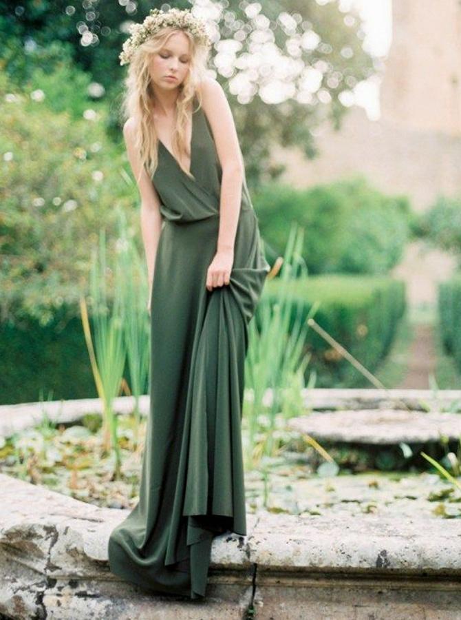 A-Line Deep V-Neck Sweep Train Green Chiffon Bridesmaid Dress