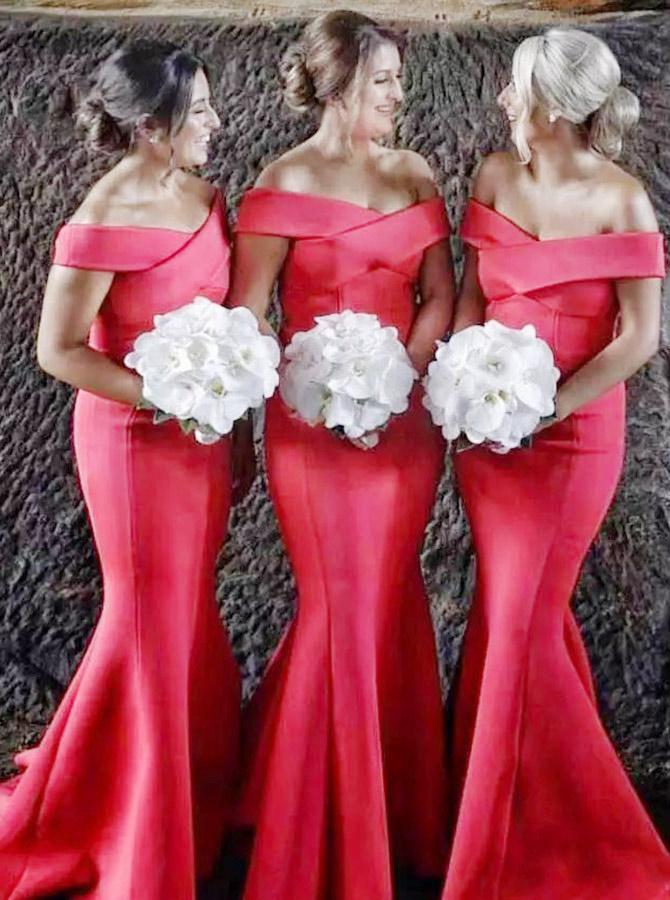Mermaid Off-the-Shoulder Sweep Train Red Satin Bridesmaid Dress фото