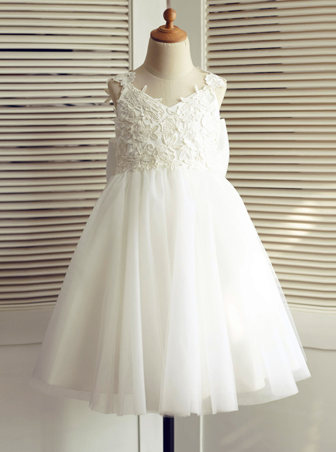A-Line V-Neck Backless White Flower Girl Dress with Bow Lace фото
