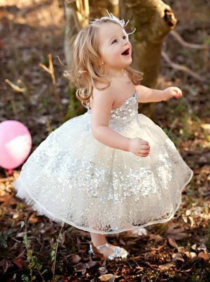 Simple-dress / Ball Gown Sweetheart Light Champagne Lace Flower Girl Dress with Sequins