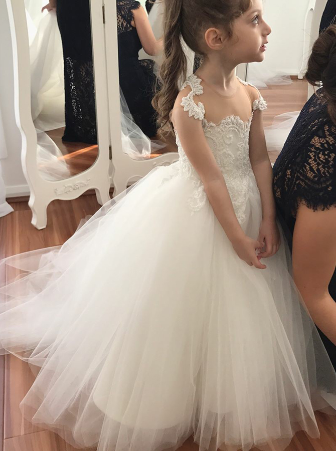 Ball Gown Round Neck Sweep Train White Tulle Flower Girl Dress with Lace