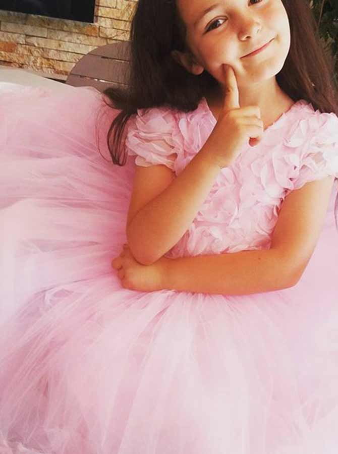 Simple-dress / Ball Gown Round Neck Pink Tulle Flower Girl Dress with Flowers