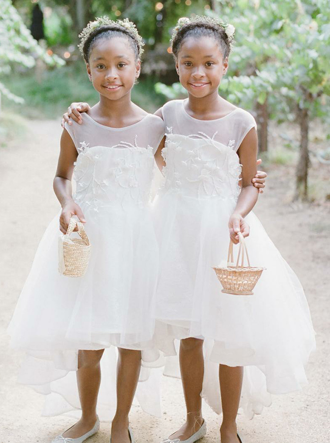 A-Line Round Neck High Low White Tulle Flower Girl Dress with Appliques фото