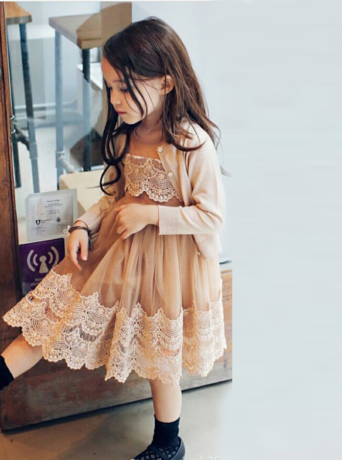 Simple-dress / A-Line Round Neck Champagne Tulle Flower Girl Dress with Lace