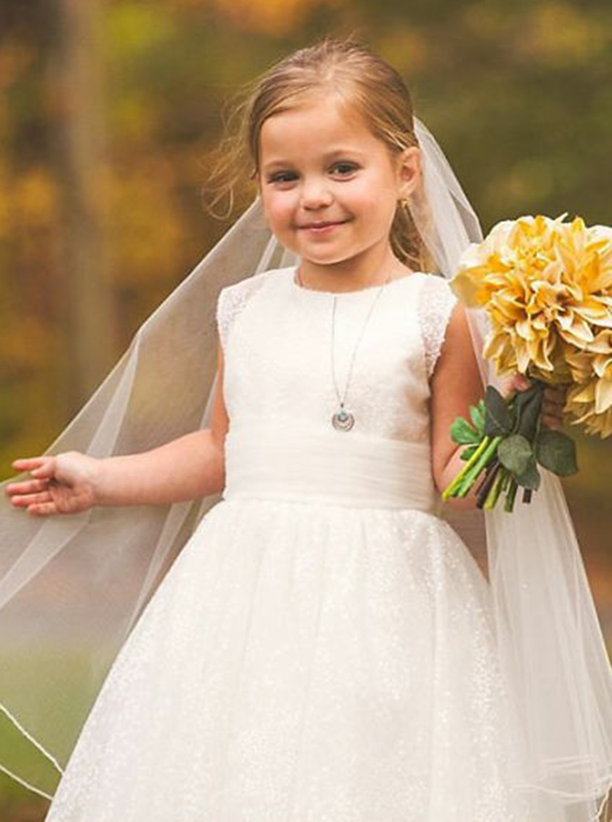 Simple-dress / A-Line Round Neck White Lace Flower Girl Dress