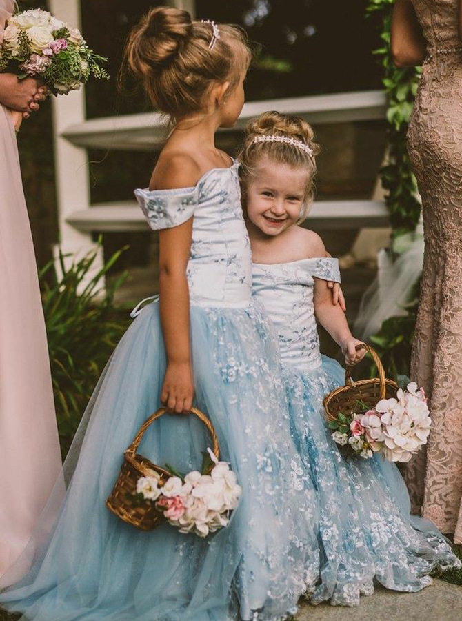 A-Line off-the-Shoulder Blue Tulle Flower Girl Dress with Lace фото