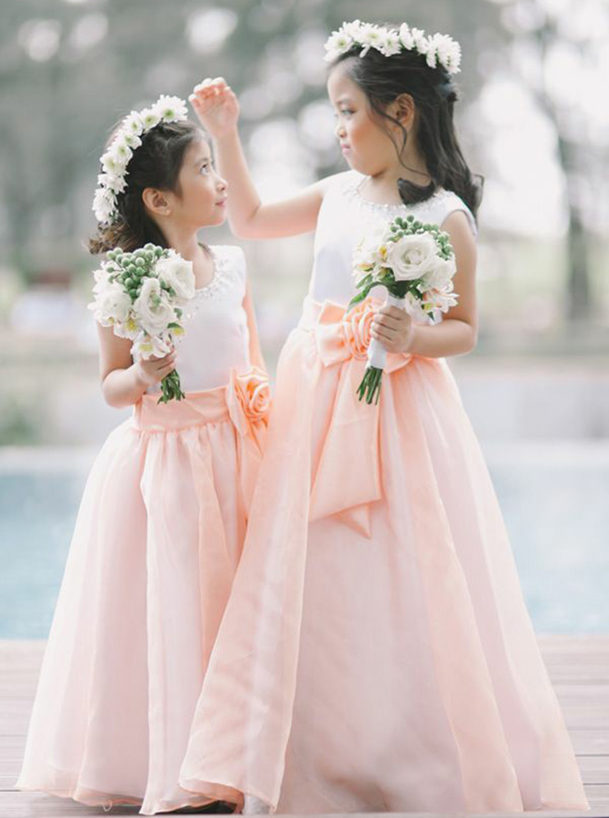 A-Line Round Neck Pink Chiffon Flower Girl Dress with Flower Beading фото