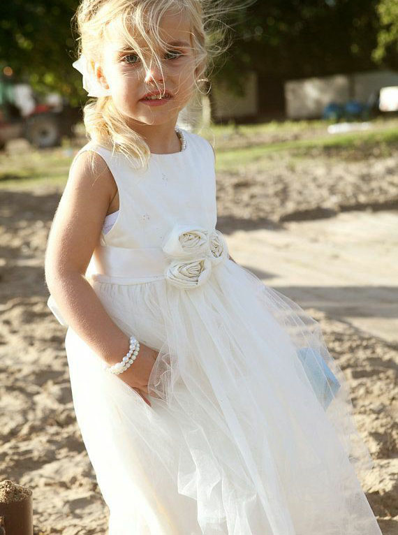 Simple-dress / A-Line Round Neck Tea Length White Tulle Flower Girl Dress with Flowers