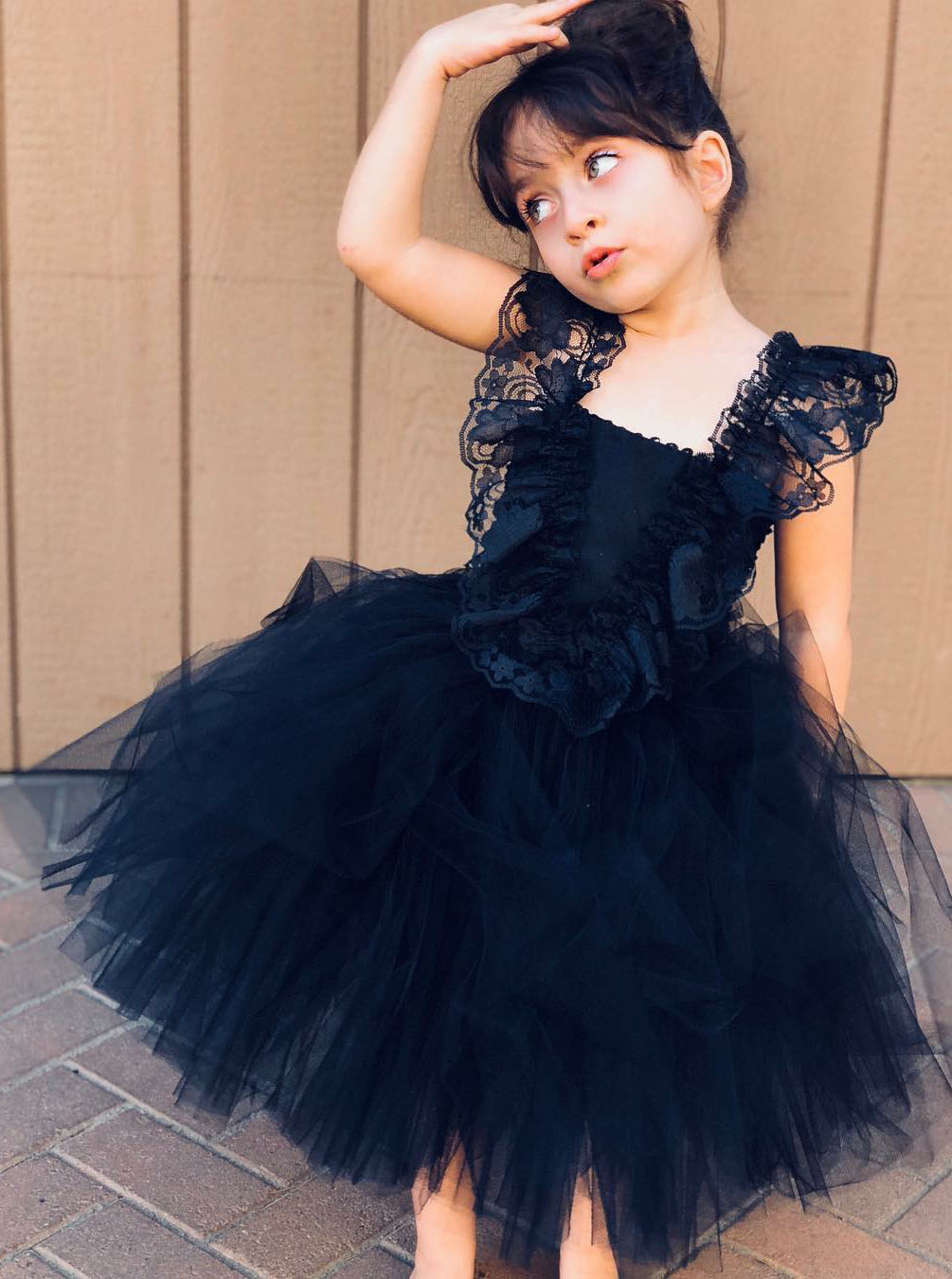 Ball Gown Navy Blue Tulle Flower Girl Dress with Ruffles фото