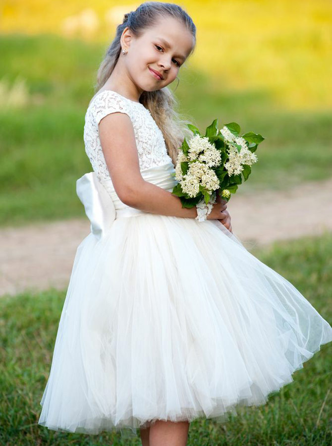 A-Line Round Neck White Flower Girl Dress with Flowers Bowknot