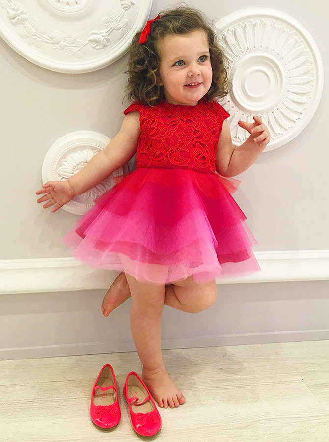 A-Line Jewel Cap Sleeves Tiered Red Tulle Flower Girl Dress with Lace