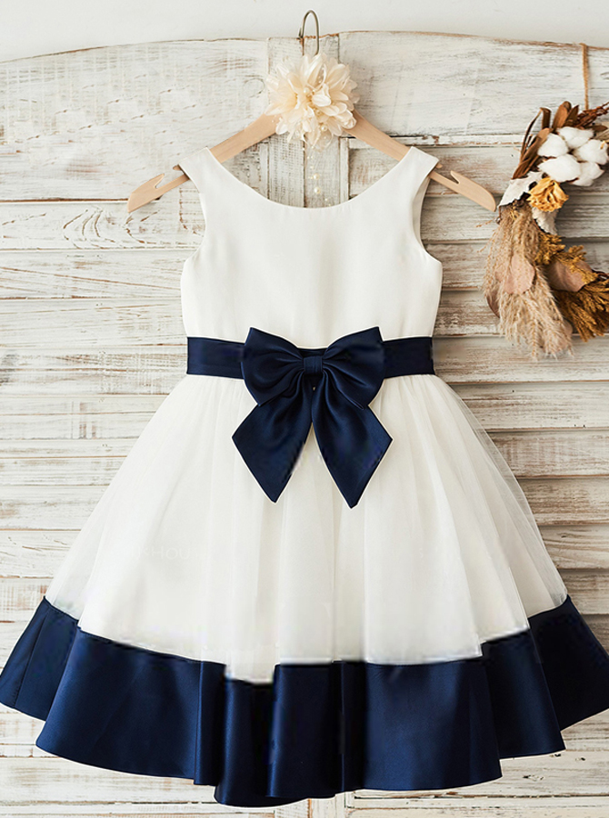 Simple-dress / A-Line Crew Neck White Flower Girl Dress with Navy Blue Bow