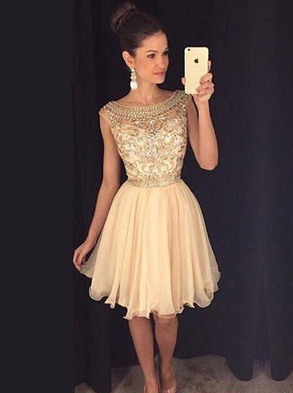 A-line Bateau Cap Sleeves Tulle Beaded Short Champagne Homecoming Prom Dress фото