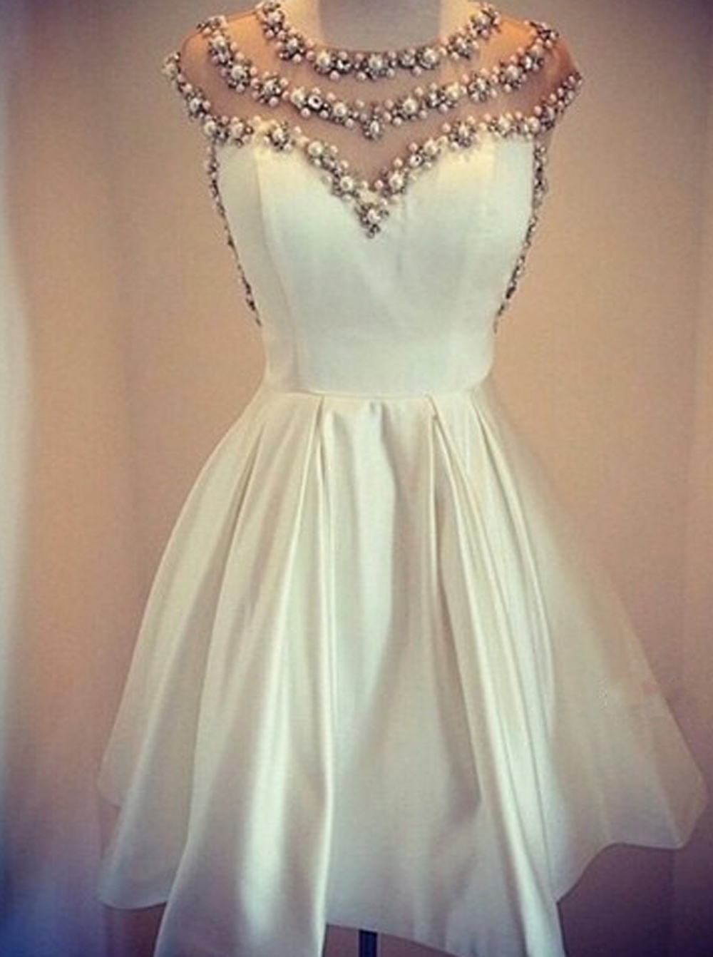 Stylish Jewel Cap Sleeves Short White Homecoming Dress with Pearls фото